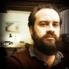 Membre fondateur du SAS Membre du comité pédagogique du CEEA Enseignant et consultant en création de séries et en dramaturgie Bilingue, écriture en anglais